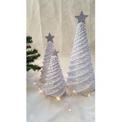 Pletený stromek bílý